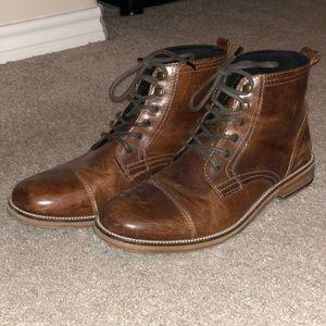 Crevo Bookham Cap Toe Boot Size 9 Mens